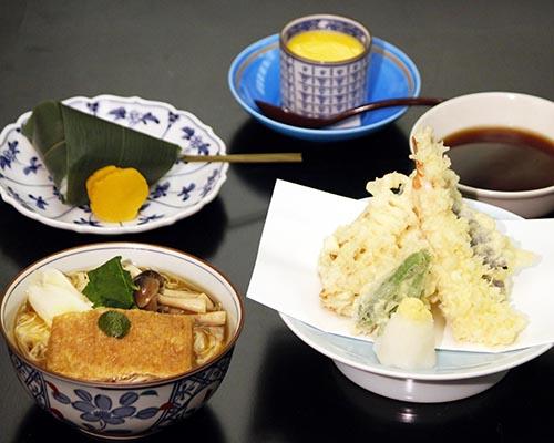 煮素麺、天ぷらと笹巻御飯