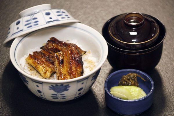 鮎塩焼としゃぶしゃぶ小鍋のコース 鰻飯(食事)