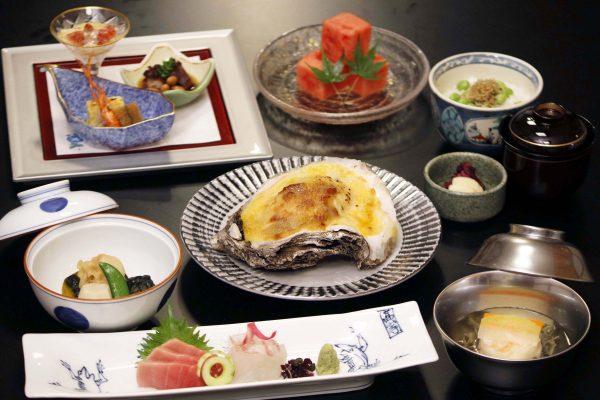 涼風会席 ~夏牡蠣と旬の物~