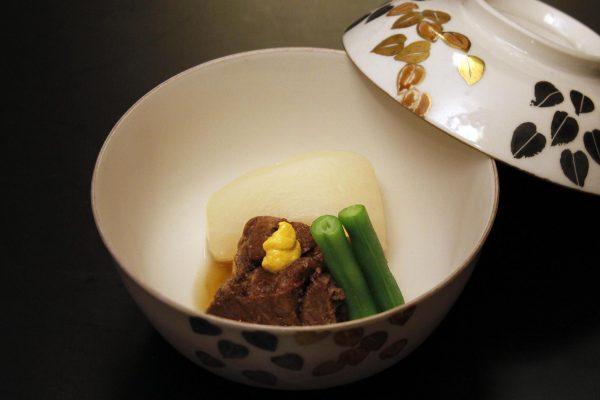 牛ほほ肉柔らか煮と大根スープ