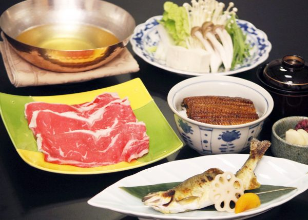 鮎塩焼と鰻丼のコース