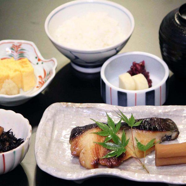 別館ランチ 西京焼定食